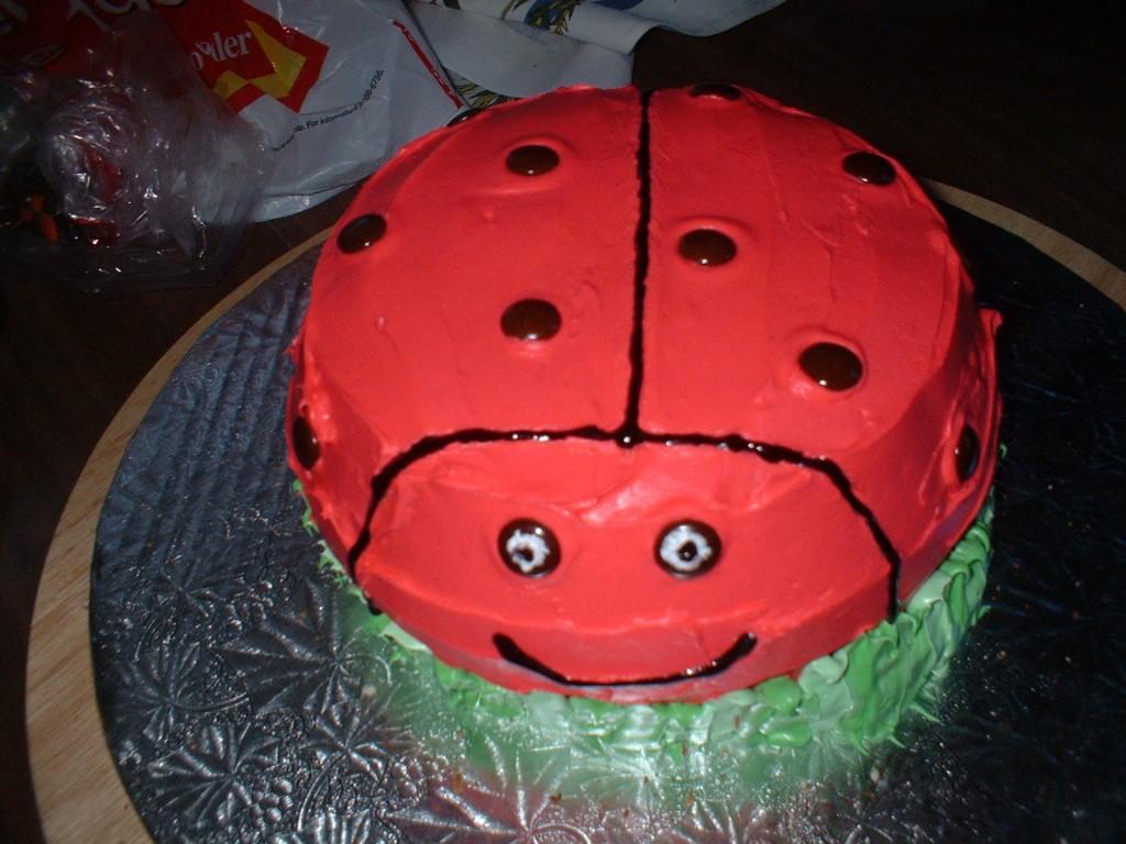 La la la ladybug