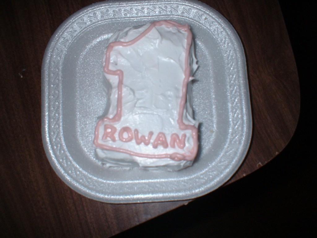 Ro's 1 cake