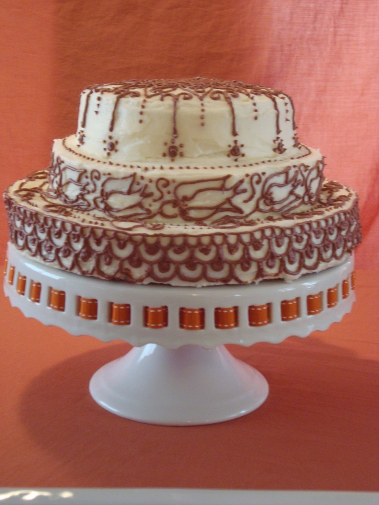 Cake covered in Turkish henaa designs.