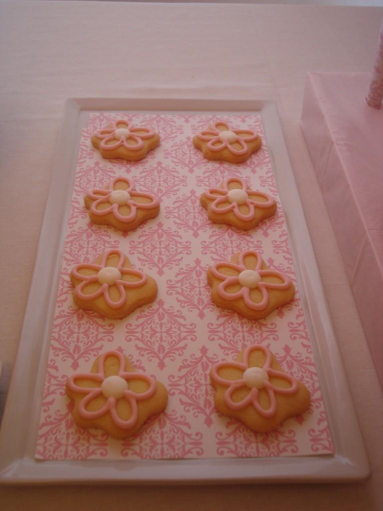 Pink flower sugar cookies